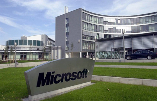 microsoft-researcher-says-tech-could-tackle-cancer-by-2026-497229-2